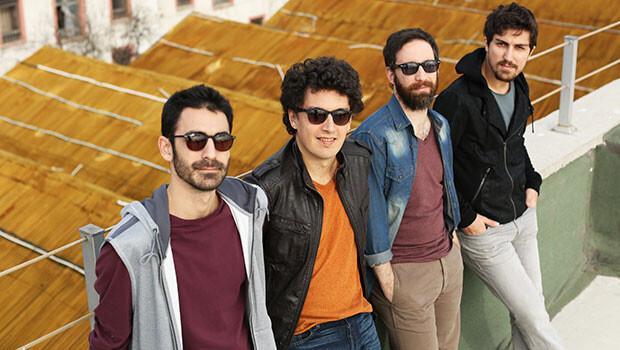 Pinhani'nin ''Kediköy'' Albümünde Yer Alan ''Sen Olmayınca'' Parçasına Klip Çalışması Müzik Severlerle!