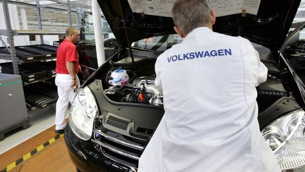 Volkswagen 2025 e kadar 30 bin işçi çıkaracak