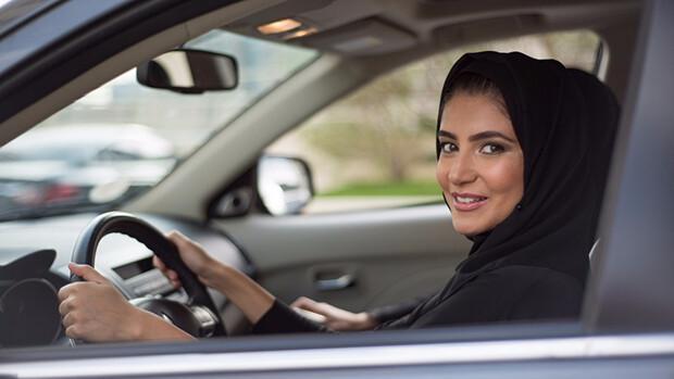 Prens El Velid'ten kadınların otomobil kullanma hakkı için mücadele