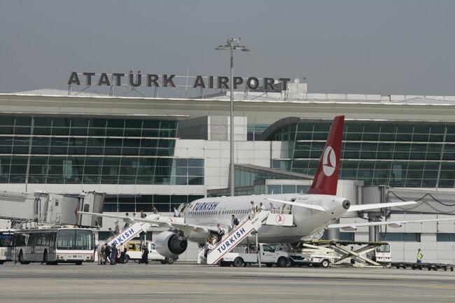 Karşılık verildi 4 Alman diplomat yapılan uygulama sonrası uçağı kaçırdı