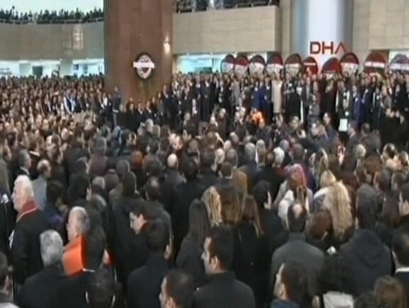 İzmir şehitleri için adliyede tören