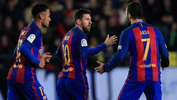 Messi 90'da Barcelona'yı kurtardı