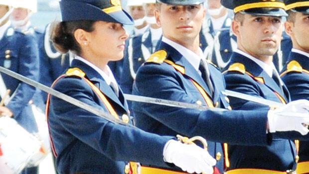 Kadın asker tartışması 30 bin imza toplandı