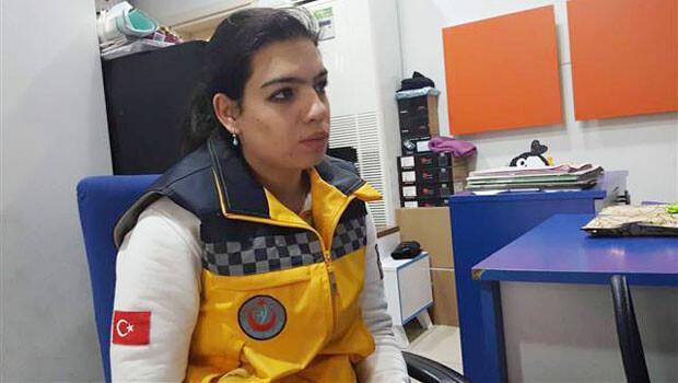 Dövülen acil tıp teknisyenine bir darbe de ambulanstan