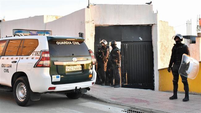 İspanya polisi 3 DEAŞ şüphelisini yakaladı