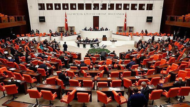 Anayasa değişikliği teklifinin ilk 4 maddesi kabul edildi