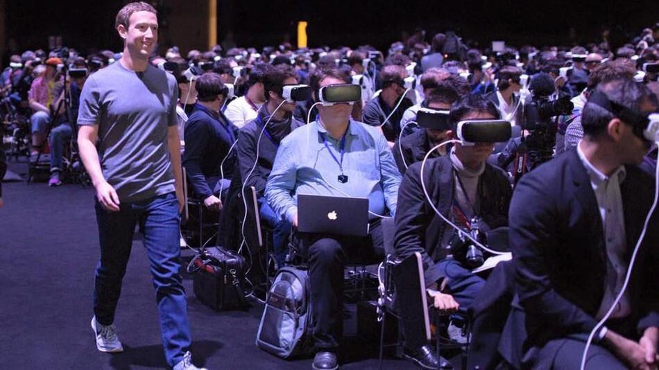 Zuckerberg'e sanal gerçeklik soygunu suçlaması