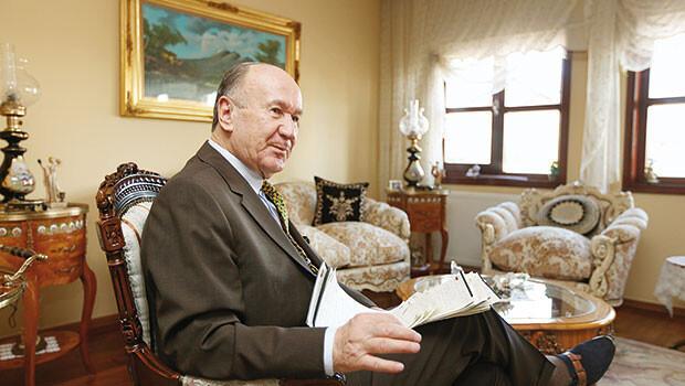 Ne kadar sızarlarsa sızsınlar Türk ordusunun ana gövdesi Atatürkçü ve