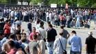 Fransız sendikacılar işten çıkarılan Renault işçileri için Bursa'ya geldi