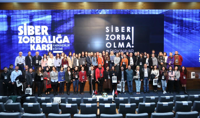 Samsung ve BTK'dan öğretmenlere 'Siber Zorbalık' eğitimi