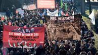 Koblenzde 5 bin kişilik protesto