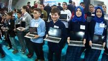 27 bin öğrenciye tablet bilgisayar dağıtıldı