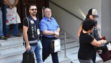 İzmir'de serbest kalan iş adamlarına yakalama kararı