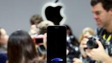 iPhone 8in arka yüzü de cam olacak