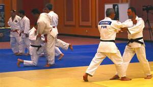 Judo Festivali start aldı