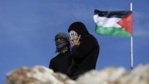 İsrail Filistinlilerin çadırlarını yıktı