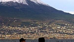 Avrupanın oratsında volkan tehdidi