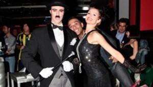 Charlie Chaplin'den salsa şov
