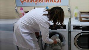 Üniversitelilere ücretsiz kuru temizleme hizmeti