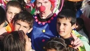 Mardin'in sokakları kültür karavanıyla renklendi
