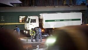 Greenpeace aktivisti Gizem Akhan St Petersburga gönderildi