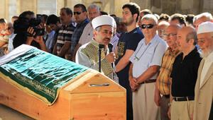 Kemal Unakıtanın kardeşi hayatını kaybetti