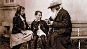Tüm zamanların en iyisi Tolstoy