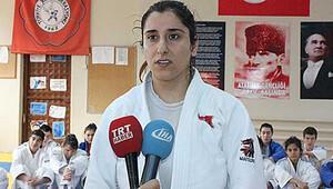 Görme engelli sporcumuz Güler Demircan'dan fair play