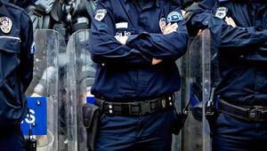 Kaymakam polis memurunu oklavayla dövdü