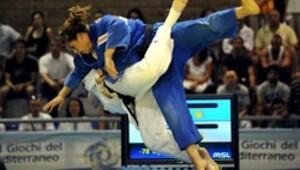 Yarışlara 43 ülkeden 550 sporcu