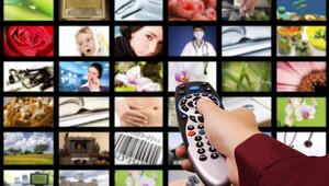 Yılbaşı akşamı televizyonda neler var? (TV Canlı Yayın Rehberi izle)