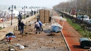 'Tsunami' temizliği