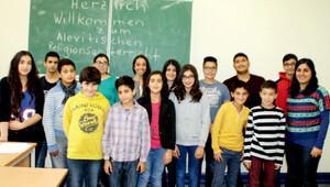 Krefeld'de Almanca Alevi dersleri başladı