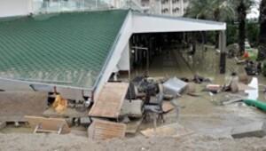 Antalya'da yağmurun bilançosu ağır oldu