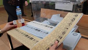 Partiler aday listelerini, yarın en geç saat 17.00'ye kadar YSK'ya verecek
