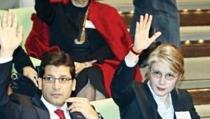 YARSAV'da başkanlar kavgası