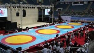 Erdal Karakaş Güreş Turnuvası sona erdi