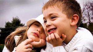 Çocukların aşkı keşfetmesine izin verin