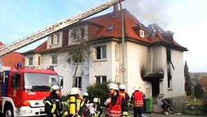 İki çocuk yanarak öldü