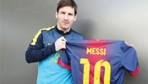 Messi'den Müller'e forma jesti