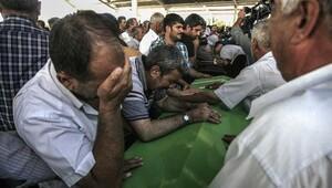 Suruç'ta katliamda ölenlerin kimlikleri belli oldu, 32 cenazeden 5'i gönderildi