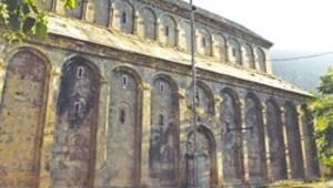 Çoruh'un Gürcü kiliseleri yok oluyor