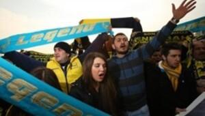 Fenerbahçeli taraftarlar toplanıyor