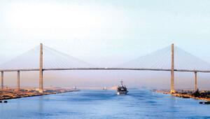 Süveyş Kanalı Akdeniz'i bozdu
