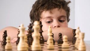 Çocuklara özel satranç turnuvası