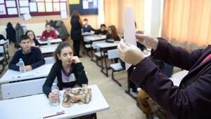 134 bin öğrenciyi MEB yerleştirdi 40 bini imam hatibe