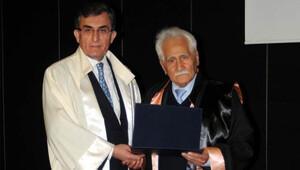 Şair Bahaettin Karakoç'a fahri doktora