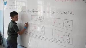 230 bin Suriyeli öğrenci ders başı yaptı