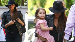 Victoria Beckham ile kızı Harper'ın manikür saati