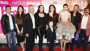 Ali Sunal ve Hatice Şendil'in yeni filminin galasını yapıldı